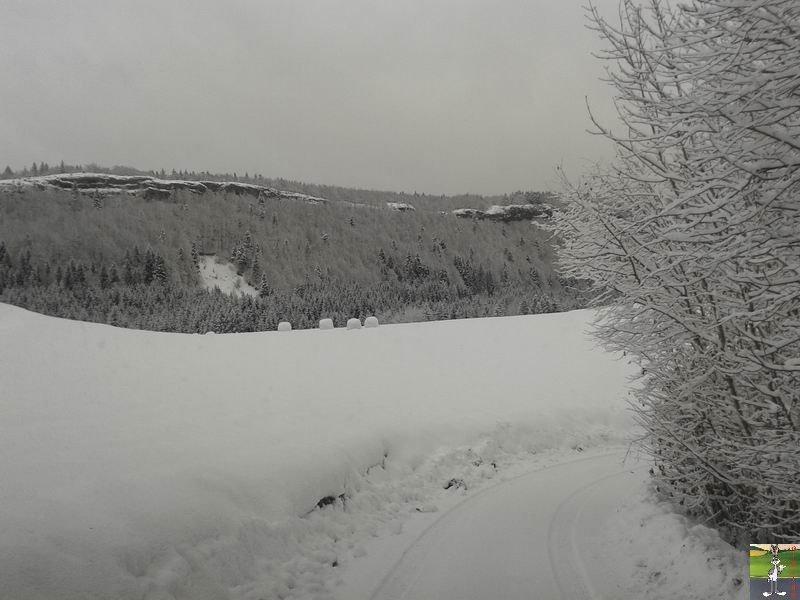 2013-11-30 : Neige, grisaille et soleil à La Mainmorte (39) 2013-11-30_neige_06