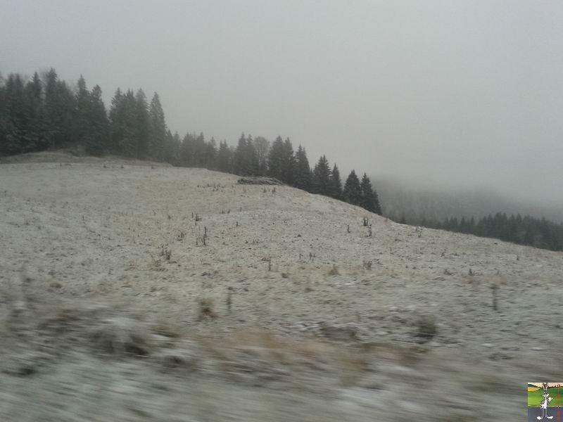 2014-12-06 : Il floconnait à Haut-Crêt (39) 2014-12-06_neige_haut_cret_01