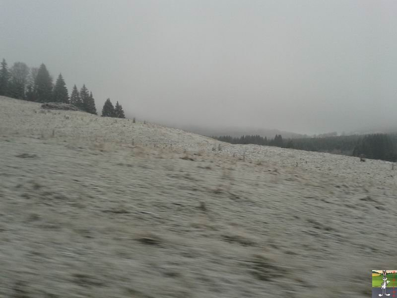 2014-12-06 : Il floconnait à Haut-Crêt (39) 2014-12-06_neige_haut_cret_02