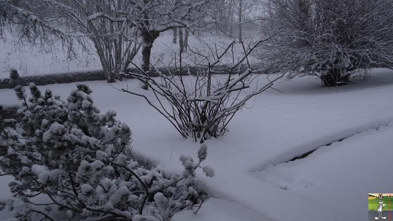 2014-12-27 : La neige est là et bien là à La Mainmorte (39) 2014-12-27_neige_06