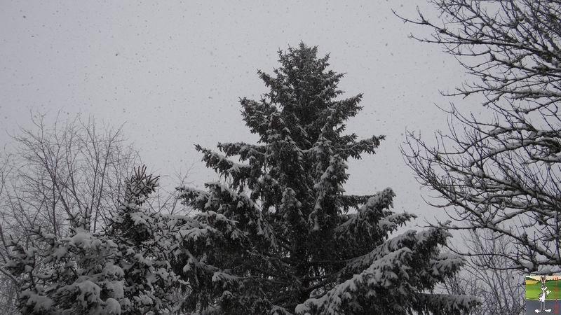 2014-12-27 : La neige est là et bien là à La Mainmorte (39) 2014-12-27_neige_08