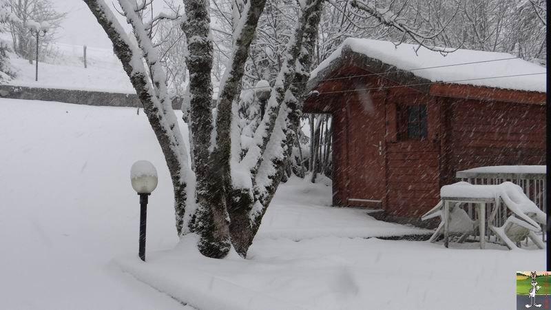 2014-12-27 : La neige est là et bien là à La Mainmorte (39) 2014-12-27_neige_10