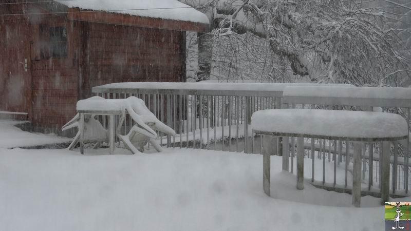 2014-12-27 : La neige est là et bien là à La Mainmorte (39) 2014-12-27_neige_14
