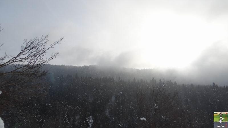 2015-01-24 : Entre deux couches de brouillard à La Mainmorte (39) 2015-01-24_neige_soleil_03