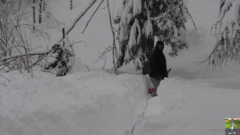 2015-02-01 : Neige, beaucoup de neige, trop de neige à La Mainmorte (39) 2015-02-01_neige_14