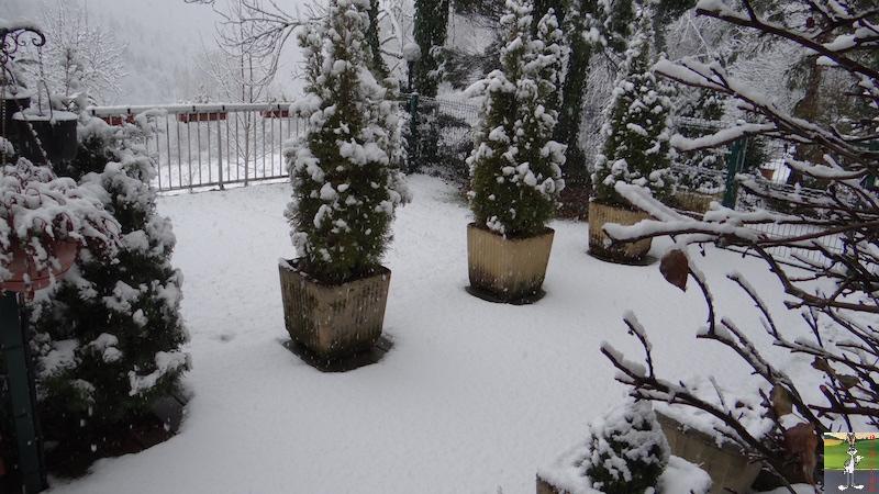 2017-11-25 : Nouvelle chute de neige à La Mainmorte (39) 2017-11-25_Neige_03