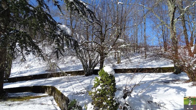 2018-01-27 : Neige, ciel bleu, soleil et brouillard à La Mainmorte (39) 2018-01-27_Neige_Soleil_Brouillard_01