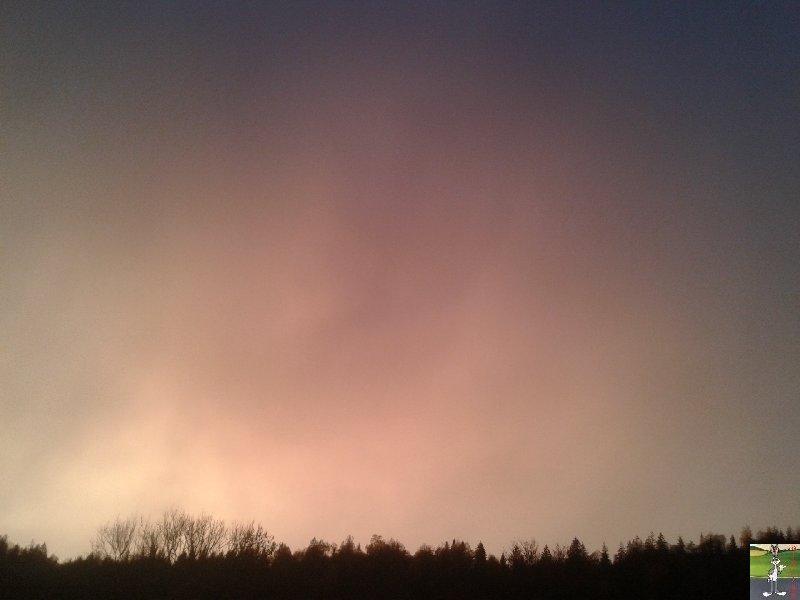 2018-11-06 : Ciel jaune et arc en ciel à Moirans en Montagne (39) 2018-11-06_Moirans_01