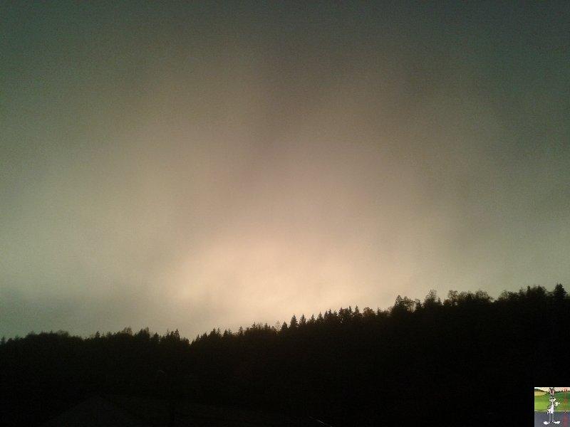 2018-11-06 : Ciel jaune et arc en ciel à Moirans en Montagne (39) 2018-11-06_Moirans_03