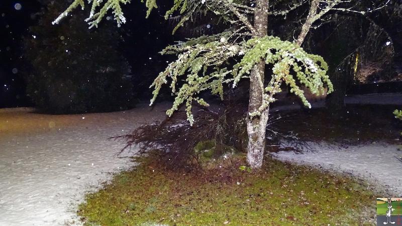 2018-12-10 : Il neige à La Mainmorte (39) 2018-12-10_neige_01