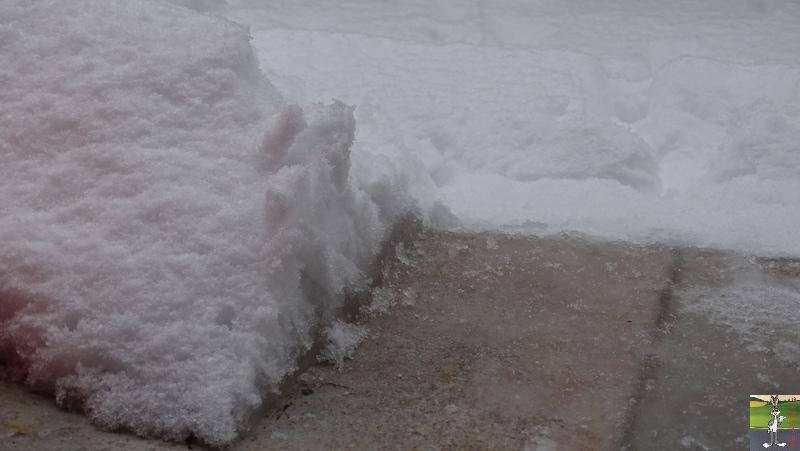 2019-01-13 : La neige tombe abondamment à La Mainmorte (39) 2019-01-13_neige_10