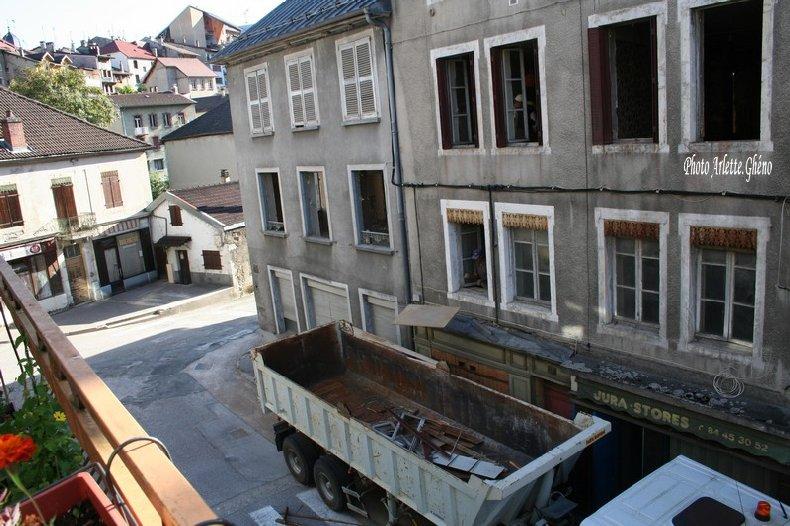 Démolition d'immeuble au Fb Marcel à St-Claude (39) Fbm_02