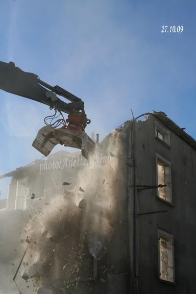 Démolition d'immeuble au Fb Marcel à St-Claude (39) Fbm_09