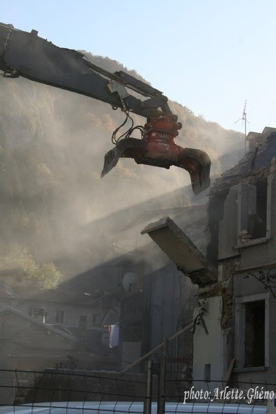 Démolition d'immeuble au Fb Marcel à St-Claude (39) Fbm_10