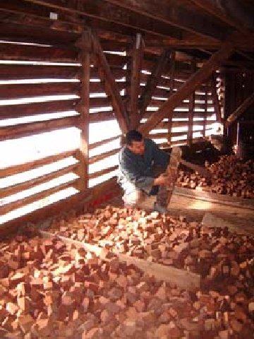 2006-06-22 - La Fabrication d'une Pipe de Saint-Claude (39) 0010