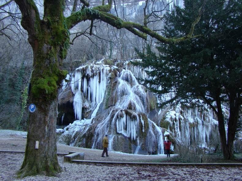 La Cascade des Tuffes - Grottes de Baume les Messieurs (39) Tuffes_02
