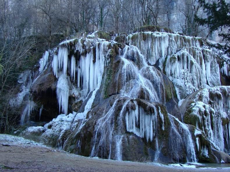 La Cascade des Tuffes - Grottes de Baume les Messieurs (39) Tuffes_03