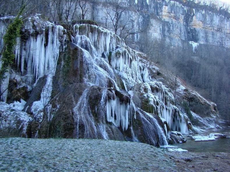 La Cascade des Tuffes - Grottes de Baume les Messieurs (39) Tuffes_05