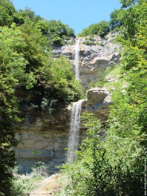 Diverses cascades Queue_cheval_0003