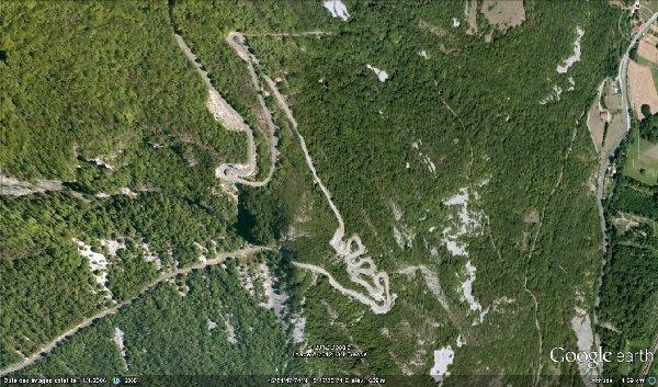 Tout au sud du massif, le col du Grand Colombier - 20 août 2012 Route