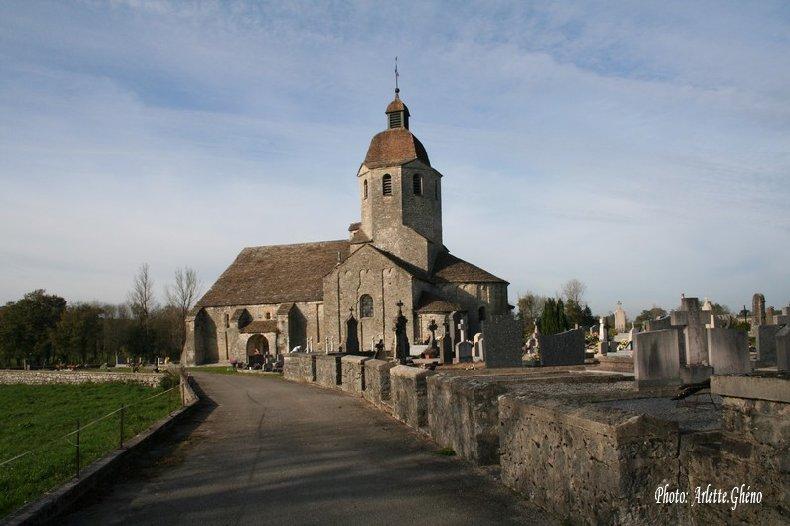 048 - St-Hymetière (39) L'église Ste Marie 0002_1