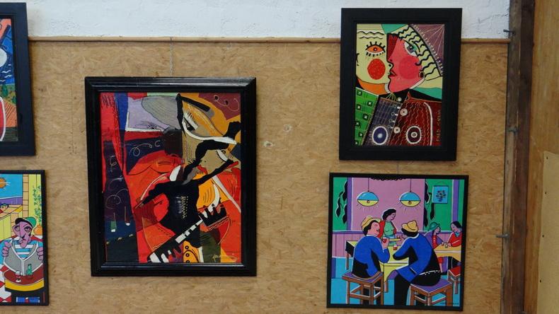 2015-08-01 : Exposition Fred Mazuir à Longchaumois (39) 054