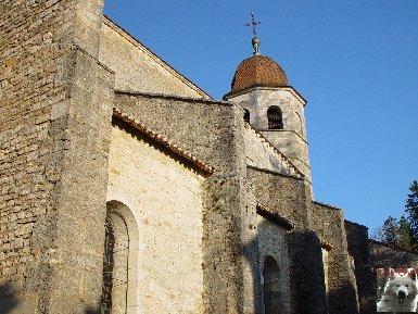 045 - Gigny (39) L'abbatiale Saint-Taurin 0002