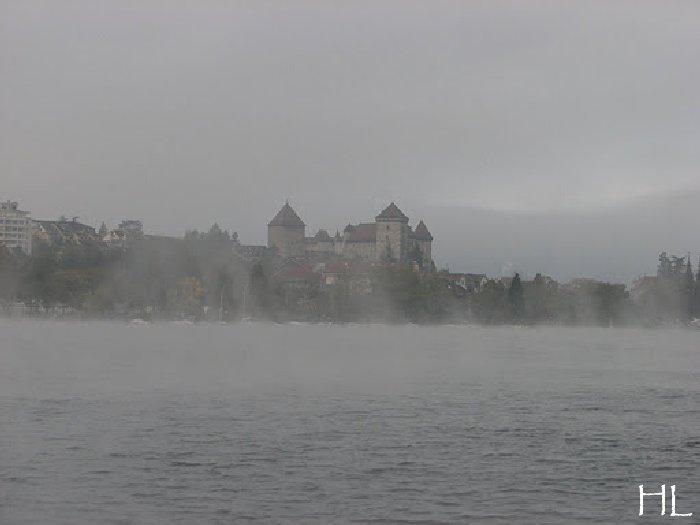 Le lac en partage - Un très inhabituel lac d'Annecy - 24-10-2011 Hl_annecy_006