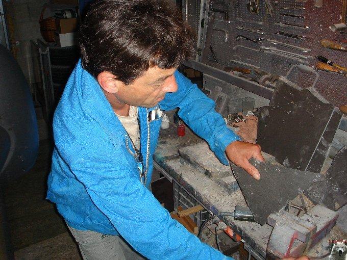2007-08-16 : Patrick Verdier peint sur ardoise, sur peau, sur carrosserie ... 0007