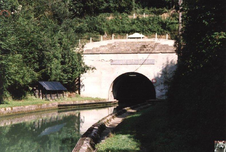 Touage sur le canal de St Quentin (02) 005