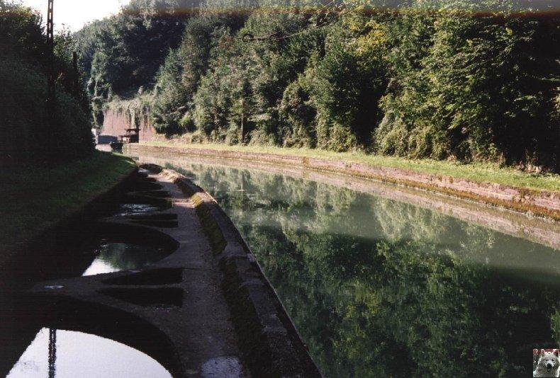 Touage sur le canal de St Quentin (02) 006