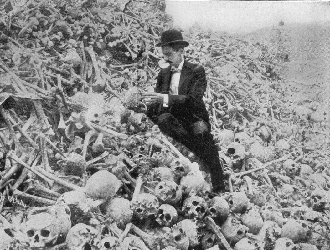 Debates habituales sobre el comunismo y el capitalismo. Cuban-cemetery