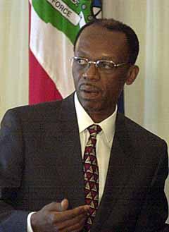 The Coup Five Years On . Réalités après le coup d'état. Aristide-02-1