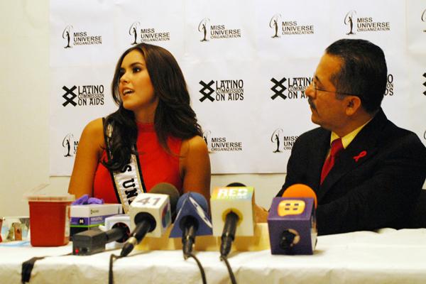 PAULINA Y SU PRUEBA DEL VIH FRENTE A LAS CÁMARAS (VIDEO) MU_HIVtest_01