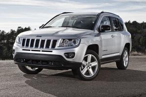 Un SUV américain à la ligne de petit Grand Cherokee Jeep-Compass-Tout%20terrain-Compact-Copyright-Jeep-01_300_200