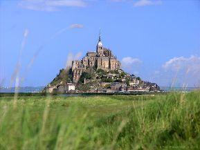 Des joyaux de l'architecture parisienne galvaudés Mont_Saint_Michel-03ea5-85fab