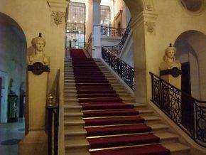 Des joyaux de l'architecture parisienne galvaudés Escalier_Bnf-5684d-9654c