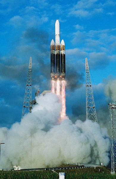 Delta IV Heavy / DSP 23 (11/11/2007) : perte du satellite - Page 4 Delta_4-Heavy_7