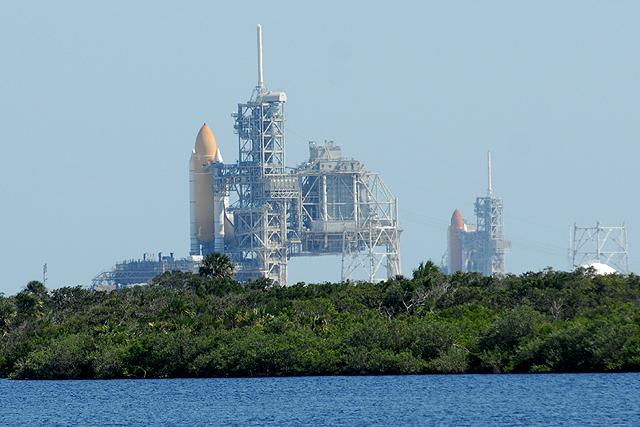 [STS-126] Endeavour : préparatifs (lancement le 14/11/2008) - Page 2 STS-125_126_Playalinda