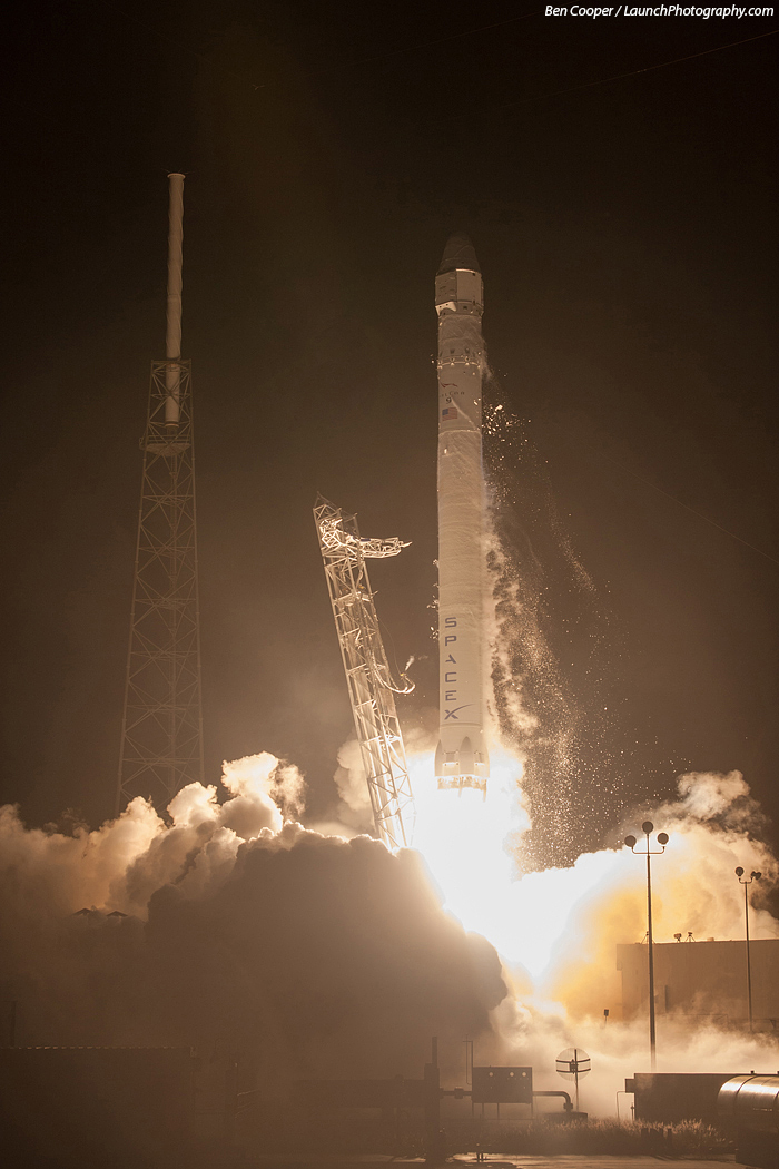 Space X: Lancement de Falcon-9 - CRS-1/SPX-1 07.10.2012 - Page 4 SpX-1_8