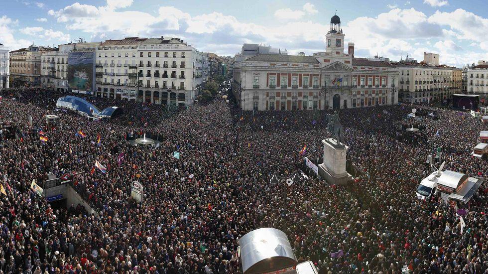 Podemos,  UP,  Convergencias...  Pablo Iglesias: «Echo en falta cierto patriotismo en la política española» - Página 6 Reu_20150131_151544410