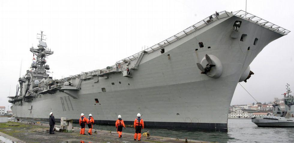 Defensa estudia dar de baja al portaaviones 'Príncipe de Asturias' para ahorrar - Página 3 FG24C1F1