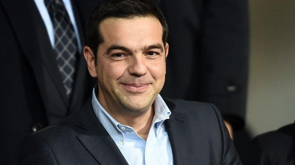 Grecia. Capitalismo, negocios, deudas, recortes estatales, privatizaciones,miseria  obrera. - Página 12 Afp_20151117_190313552