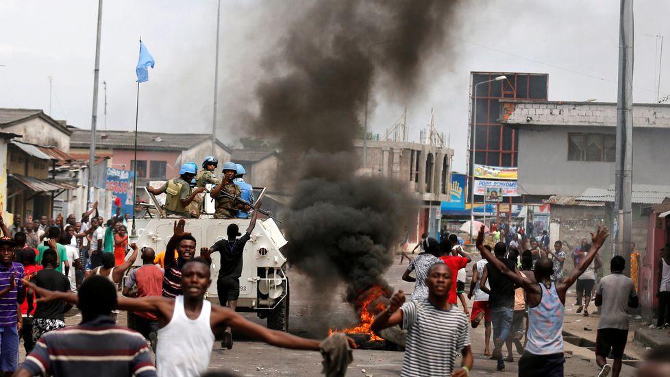 República  Democrática  del Congo:  miles de  personas  huyen de  los choques  militares. - Página 2 Reu_20161220_111931786