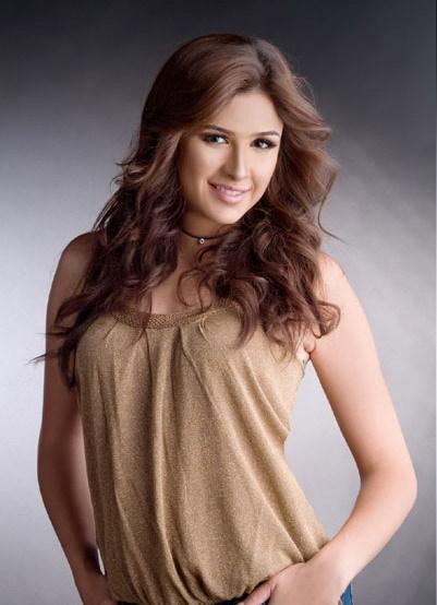 ملكة الجمال ل2008 في عينك Yasmin2big