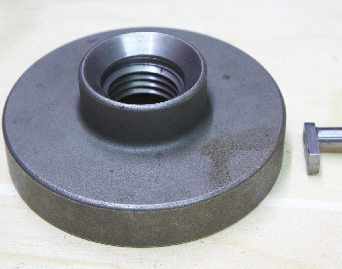 Outil pour mesurer l'épaisseur dans un trou… _dsc2523