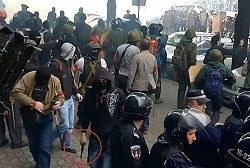 Affrontements en Ukraine : Ce qui est caché par les médias et les partis politiques pro-européens Arton25464-c0ba4