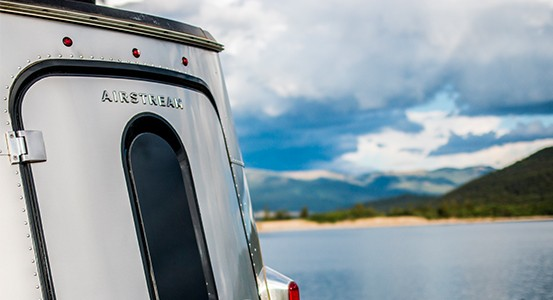 Basecamp : Micro Airstream 16-Airstream_Basecamp_Overview_Design_Slider-1