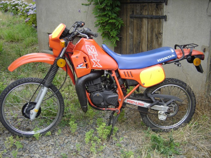 section Motos ..... - Page 5 301689_1200_dsc09707