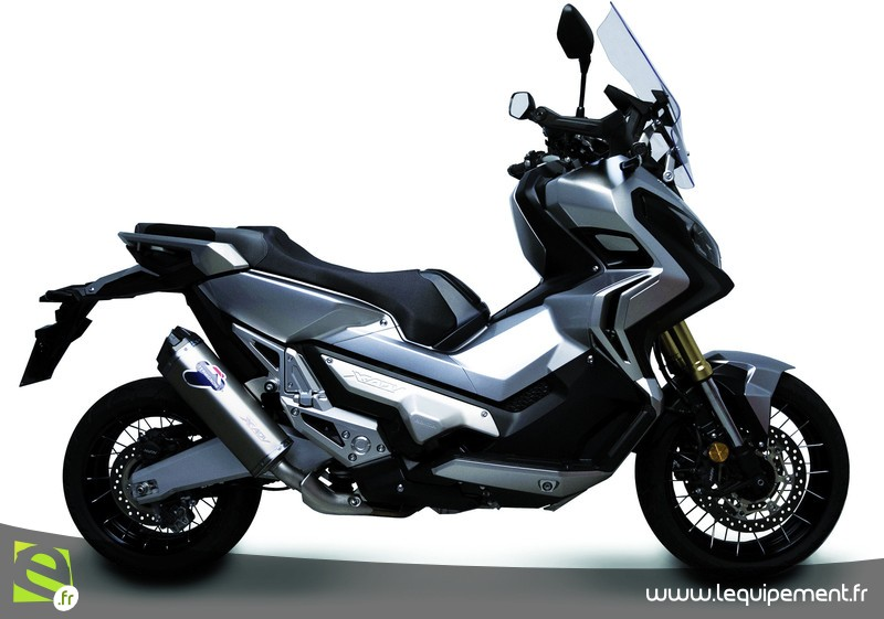 Integra X-ADV un Scoot- Trail Honda très attachant - Page 9 Slip-on-honda-x-adv_004__800